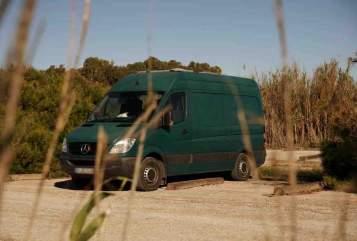 Hire a motorhome in Mannheim from private owners| Mercedes  Finn's Camper