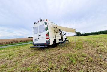 Hire a motorhome in Dresden from private owners  Mercedes Benz Vimo-Camper