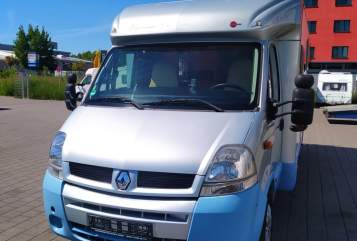 Hire a motorhome in München from private owners| Bürstner Papillon