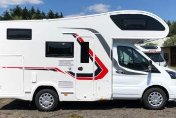Hire a motorhome in Berlin from private owners| Challenger (Ford Transit) zuhäuschen