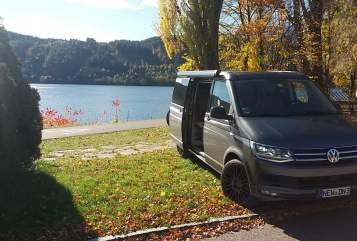 Hire a motorhome in Neustadt an der Waldnaab from private owners| Volkswagen  California Ocean Edition 204PS DSG