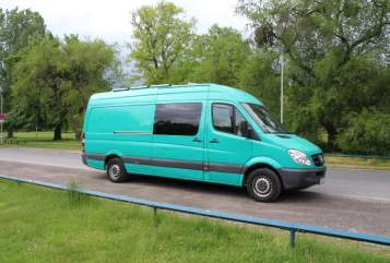 Hire a motorhome in Hannover from private owners| Mercedes Benz Sprinter