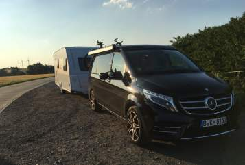 Hire a motorhome in Berlin from private owners| Mercedes Benz Marco Polo 2017 - Luxus Ausstattung inkl. Fahrradhater