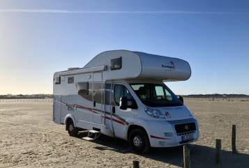 Hire a motorhome in Burgdorf from private owners| Sunlight Goldie