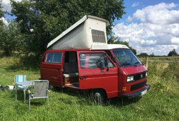 Hire a motorhome in Kiel from private owners| VW Manni