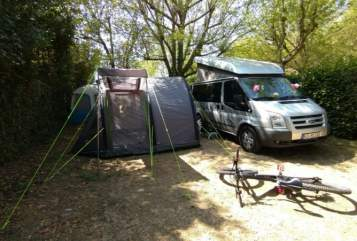 Hire a motorhome in Kassel from private owners  Ford Nugget-Tent