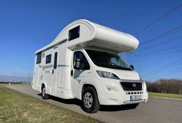 Hire a motorhome in Chemnitz from private owners| Forster Forster