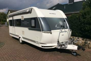 Hire a motorhome in Nienborstel from private owners| Hobby 540 kmfe Wohni