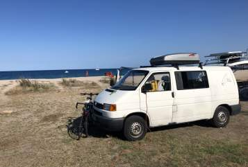 Hire a motorhome in Wuppertal from private owners  VW Strand-Bulli
