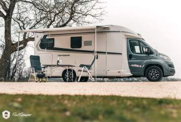 Hire a motorhome in Kirchheim am Ries from private owners| Fiat Zeus