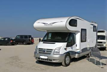 Hire a motorhome in Hamburg from private owners| Hobby Hobby