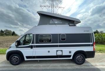 Hire a motorhome in Bochum from private owners  Hymer Grand Canyon