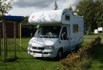 Hire a motorhome in Haltern am See from private owners| Bürstner  Sonrisa