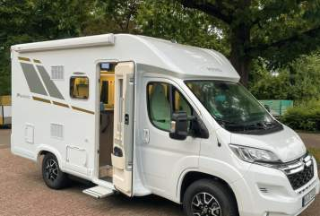 Hire a motorhome in Krefeld from private owners  Mooveo FIDI MOBIL