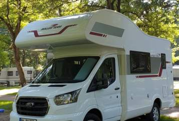 Hire a motorhome in Bonn from private owners  Kronos Kroni