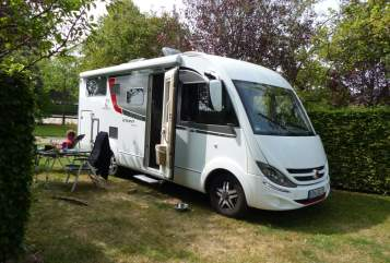 Hire a motorhome in Herzogenaurach from private owners| Bürstner Bürsti