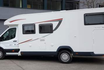 Hire a motorhome in Hemmingen from private owners| Ford Das Fliwatüt