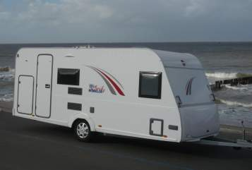 Hire a motorhome in Witten from private owners| Bürstner Willi