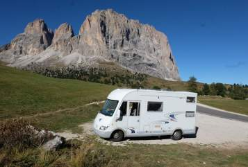 Hire a motorhome in Hannover from private owners| Frankia - MAJA MOBIL MAJA MOBIL