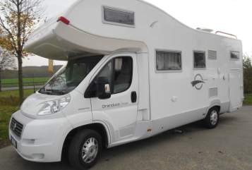 Hire a motorhome in Hettstedt from private owners| Fiat Ducato Berlusconi