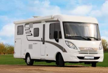 Hire a motorhome in Willich from private owners| Hymer Wonderwagon