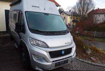 Hire a motorhome in Hebertsfelden from private owners| Knaus Sun Way