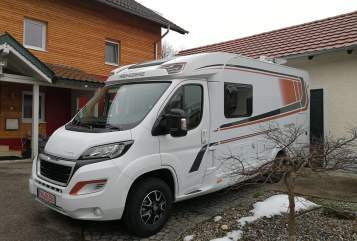 Hire a motorhome in Hebertsfelden from private owners| Weinsberg Pepe