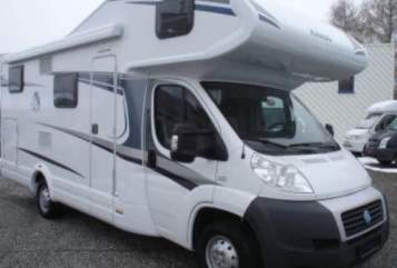 Hire a motorhome in Krefeld from private owners| KNAUS KNAUSI