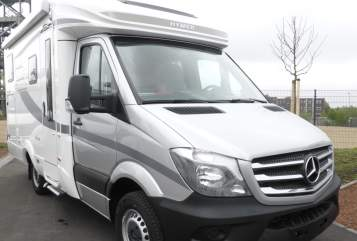 Hire a motorhome in Lüdinghausen from private owners| Hymer Krebs