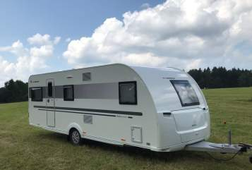 Hire a motorhome in Oelsnitz/Vogtl. from private owners| Adria Adria Adora