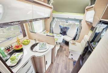 Hire a motorhome in Bielefeld from private owners| Forster Forster A734VB