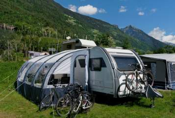 "Hire a motorhome in Leverkusen from private owners| Sterckeman ""Unser mobiles Strandhaus"""