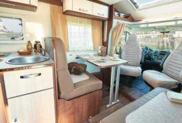 Hire a motorhome in Sinzig from private owners| EURA MOBIL Doris Sonnensucher