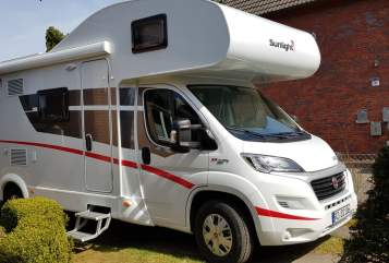Hire a motorhome in Wentorf bei Hamburg from private owners| Sunlight Eddie