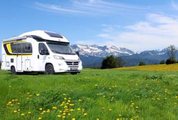 Hire a motorhome in Vordorf from private owners| Bürstner Fernao Magellan