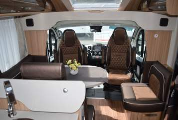 Hire a motorhome in Sylt-Ost from private owners  Knaus Knausi