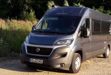 Hire a motorhome in Villingen-Schwenningen from private owners| Westfalia Hubus