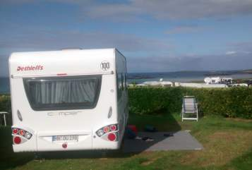 Hire a motorhome in Wolfertschwenden from private owners| Dethleffs Unser Ferienhaus