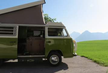 Hire a motorhome in Asperen from private owners| Volkswagen  Scover
