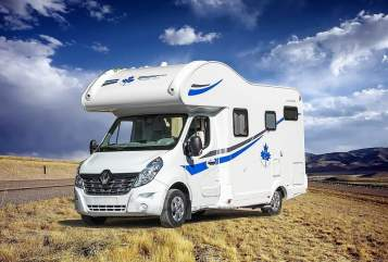 Hire a motorhome in Offenburg from private owners| Renault Nola