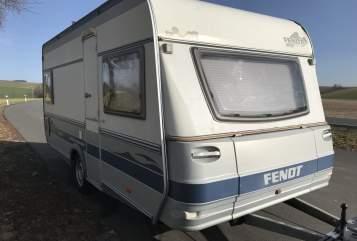 Hire a motorhome in Störnstein from private owners| Fendt  Fendt Caravan