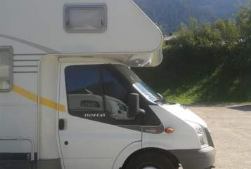 Hire a motorhome in Schkeuditz from private owners| Ford Auf Achse durch die Natur