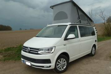 Hire a motorhome in Dresden from private owners| Volkswagen  T6 California Ocean 2,0 TDI 110 kw