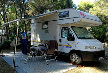 Hire a motorhome in Bad Segeberg from private owners| Eura Mobil Lotte