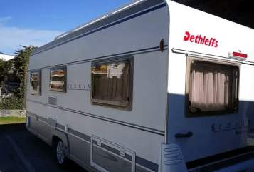 Hire a motorhome in Radenthein from private owners| Dethleffs Jolo