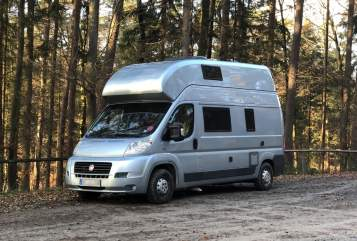 Hire a motorhome in Offenbach am Main from private owners| Globecar / Pössl ATLANTIS
