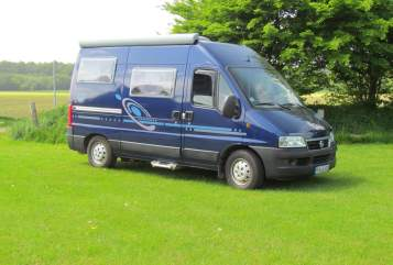 Hire a motorhome in Rendswühren from private owners| Fiat Ducato Blue Stone