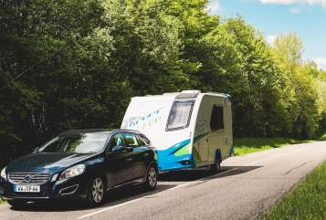 Hire a motorhome in Gießen from private owners| Knaus Campaz I.