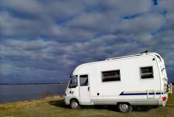 Hire a motorhome in Meldorf from private owners| Bürstner Liesbeth