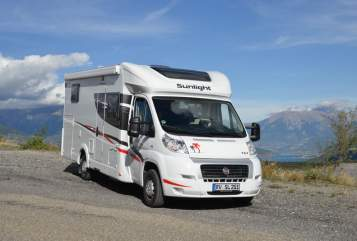 Hire a motorhome in Scheidegg from private owners| Sunlight  Sunlight T67